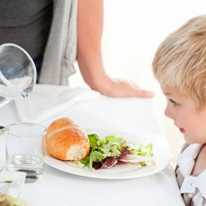 l'enfant et la nourriture