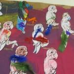 Activité manuelle peinture pour enfant :réaliser une fresque de perroquets