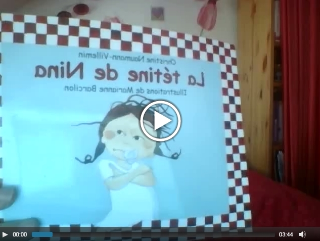 La tétine de Nina: histoire racontée en vidéo