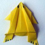 Activité manuelle:Fabriquer une grenouille en origami