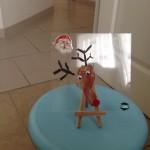 Petit renne réalisé avec l'empreinte de pied et la peinture ( Dès la naissance)