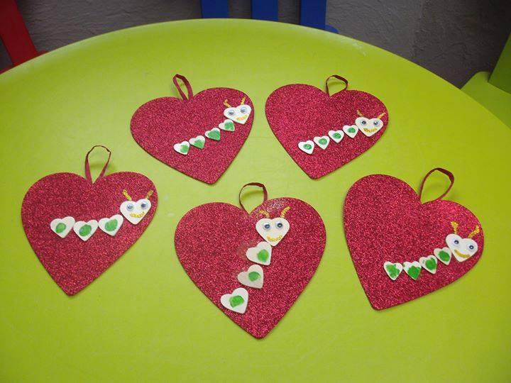Saint valentin- bricolage-petits coeurs à accrocher