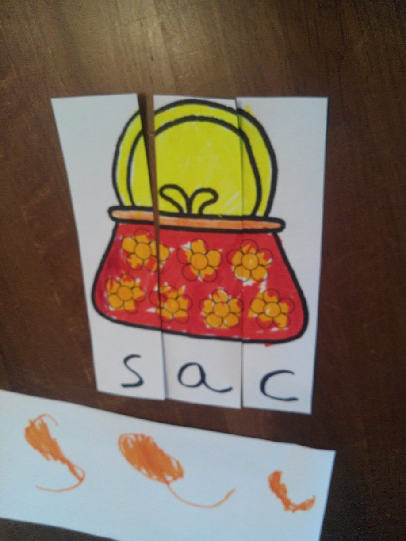 Apprendre à lire en jouant: fabriquer un puzzle de lecture inspiré de la méthode Montessori