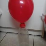 Le ballon qui se gonfle sans souffler dedans-expérience scientifique pour les enfants (Dès 3 ans)