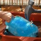 Jeu d'eau d'été, casser des glaçons (Dès 2 ans)