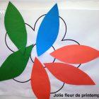 Activité collage pour enfant: Petite fleur et ses pétales