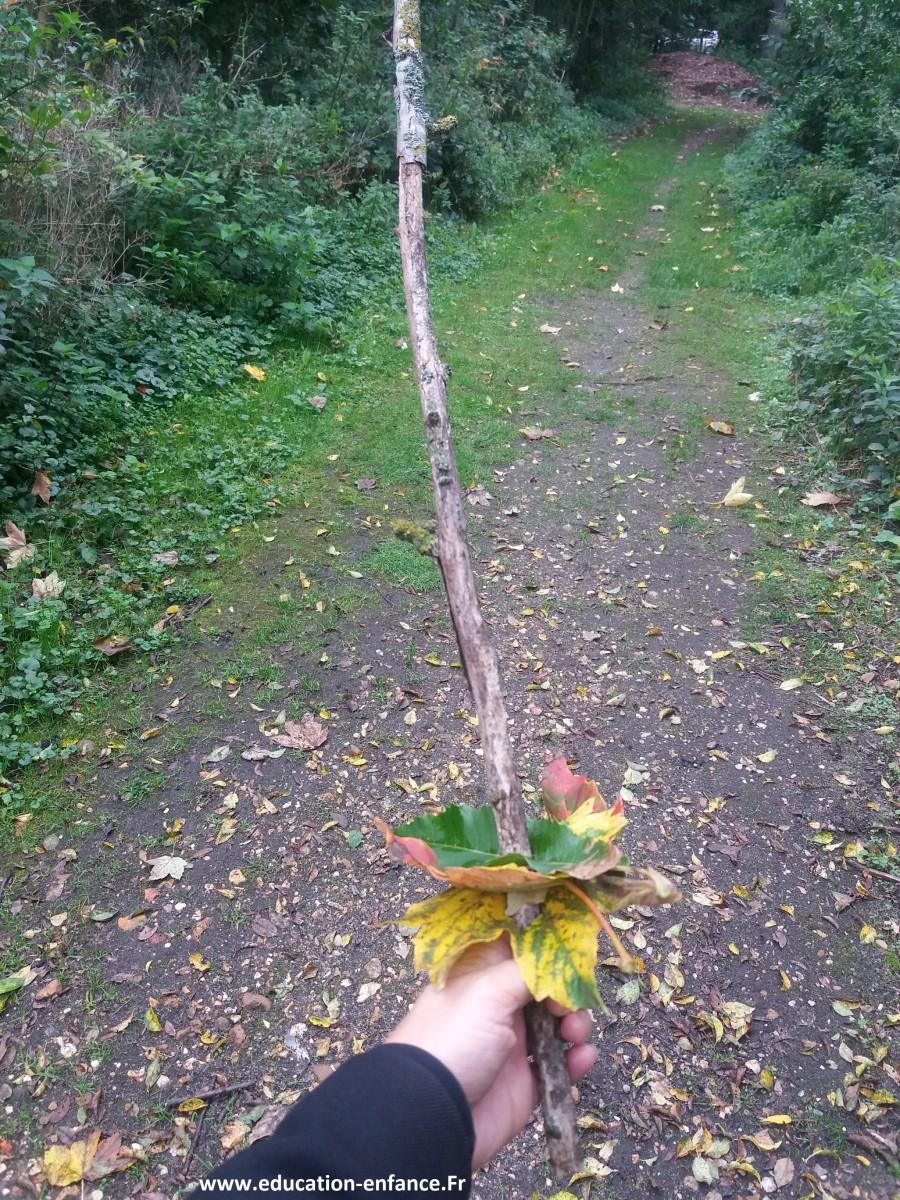Fabriquer une épée pendant l' automne
