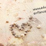 Land Art avec des coquillages et du sable